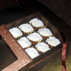 ND Variety White Choco Book